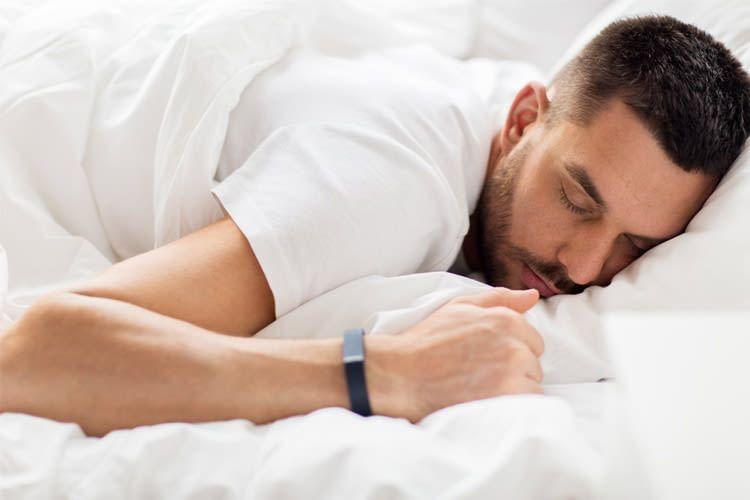 Schlaftracker helfen dabei, trotz völlig neuem Tagesablauf genügend erholsamen Schlaf zu bekommen