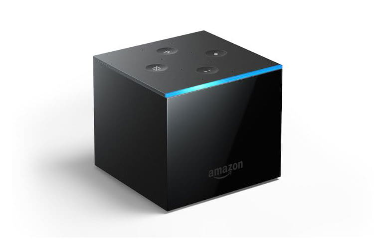 Amazon Fire TV Cube bietet hat integrierte Fernfeldmikrofone, so dass sich Alexa freihändig aktivieren lässt