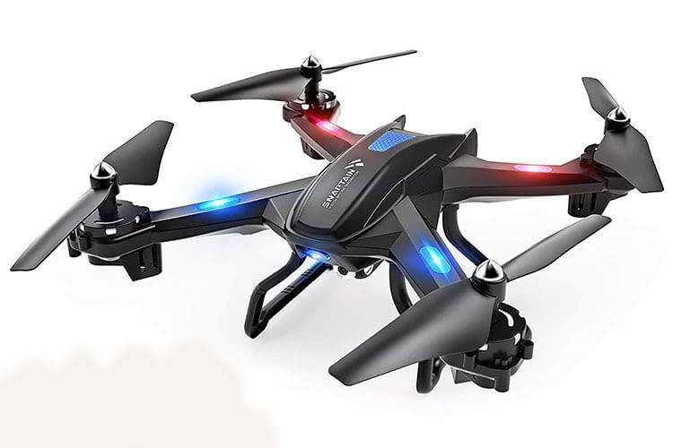 Die SNAPTAIN S5C Spielzeug-Drohne ist sehr leicht und sollte nicht bei Wind geflogen werden