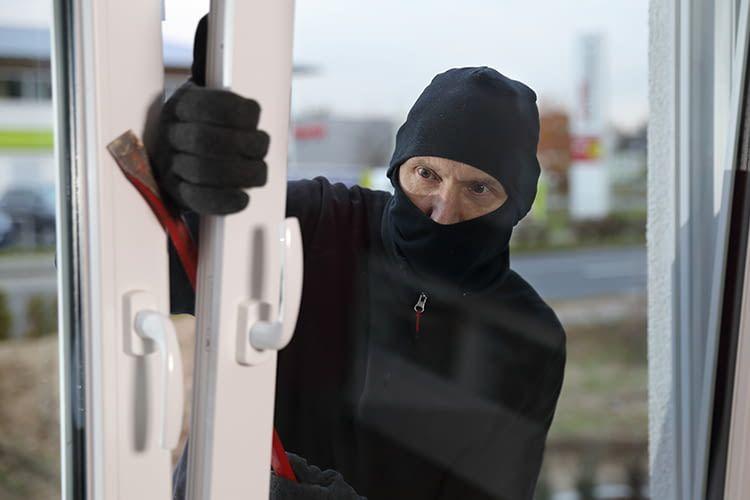 Fenster und Türen bieten eine Angriffsfläche für ungebetene Gäste