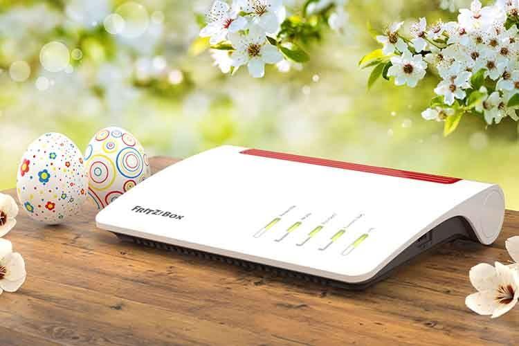 Ob Ostern oder Sommer - die AVM FRITZ!Box 7590 ist ein WLAN-Mesh-Router, der so gut wie keine Wünsche offen lässt