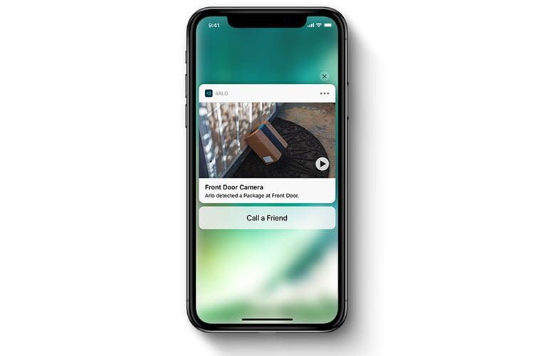 Via the Arlo app, users receive live images and recognize, for example, that an ordered package has been parked