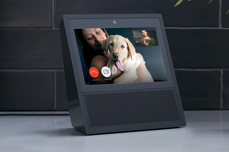 Mit dem Amazon Echo Show kann Alexa auch Videotelefongespräche initiieren