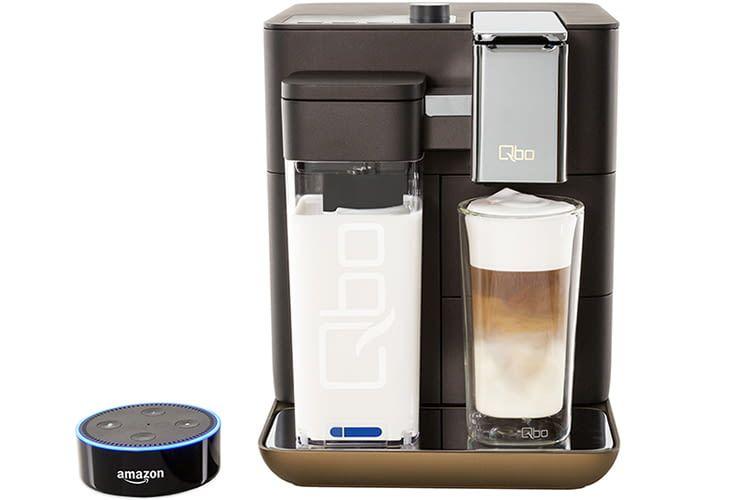 Die Tchibo Qbo You-Rista Kapsel-Kaffeemaschine lässt sich mit Alexa steuern