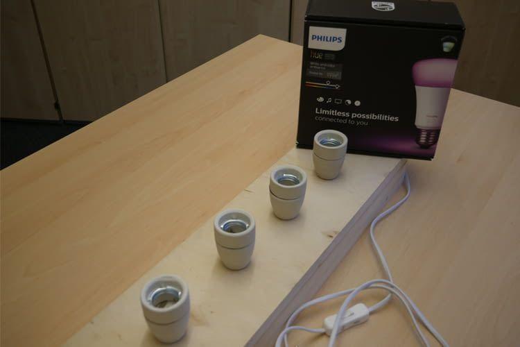 Aufbau und Philips Hue White and Color Ambiance-Leuchten