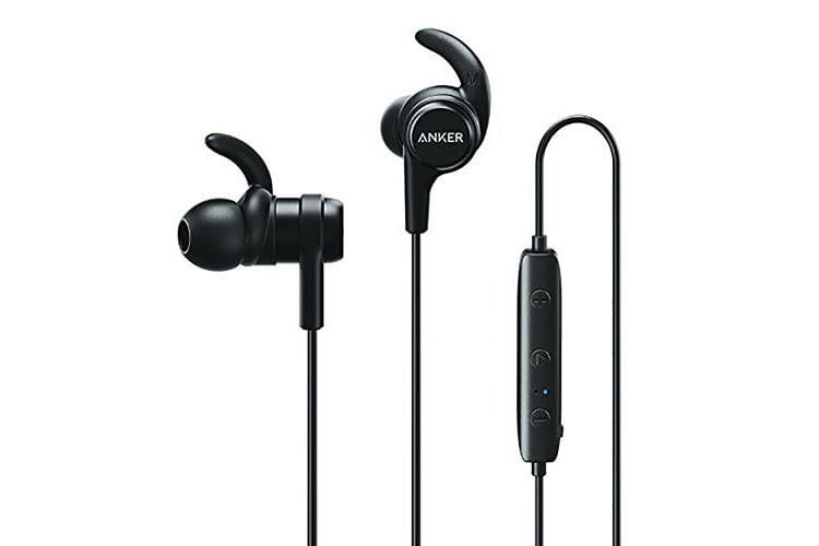 Die Ohrhaken des Anker SoundBuds Flow sorgen für guten Halt