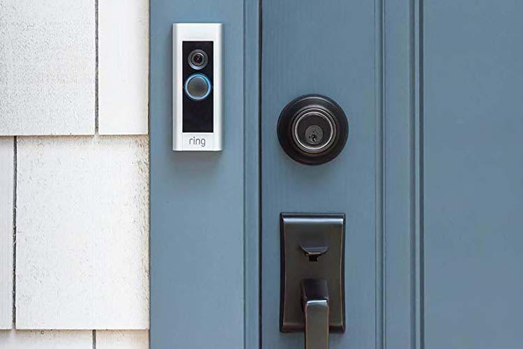Die Ring Video Doorbell Pro reagiert auch auf Bewegungen im Erfassungsbereich der integrierten HD-Kamera