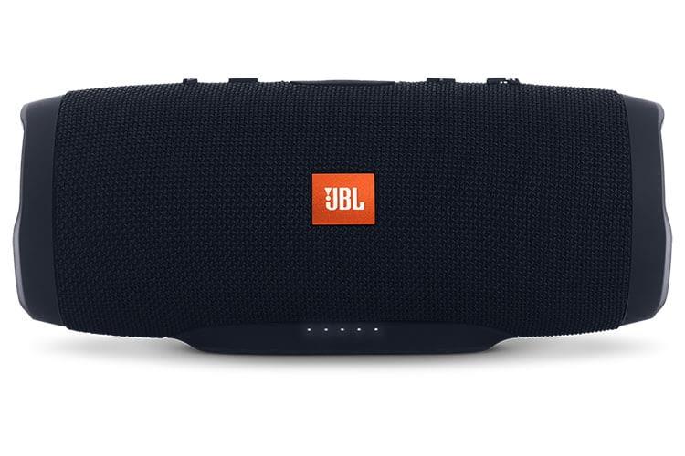 JBL Charge 3 Bluetooth-Box: Energiegeladenes Multitalent mit bis zu 20 Stunden Akkulaufzeit
