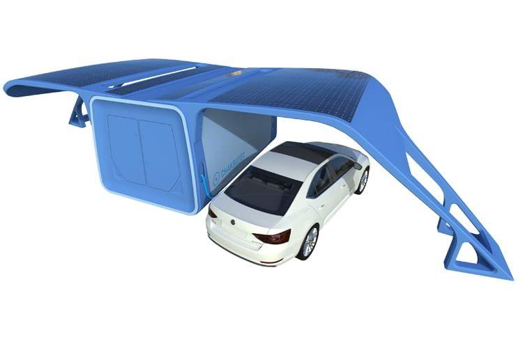 An einer Chakratec-Ladesäule können mehrere Elektroautos gleichzeitig geladen werden
