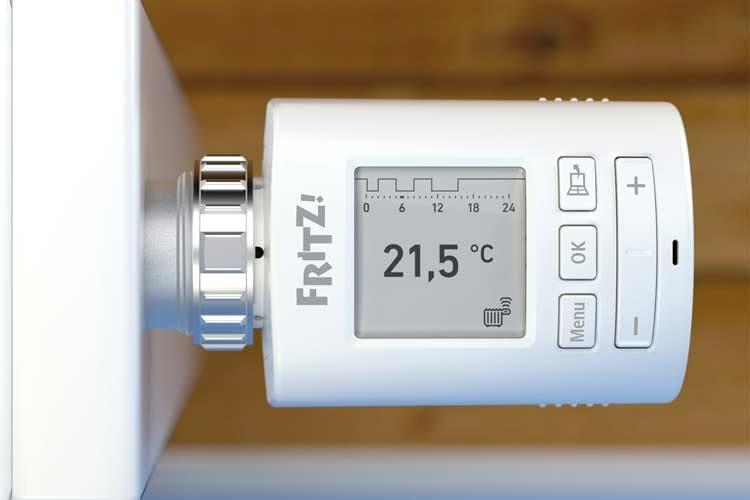 AVM FRITZ!DECT 301 punktet durch ein Energie sparendes E-Paper Display