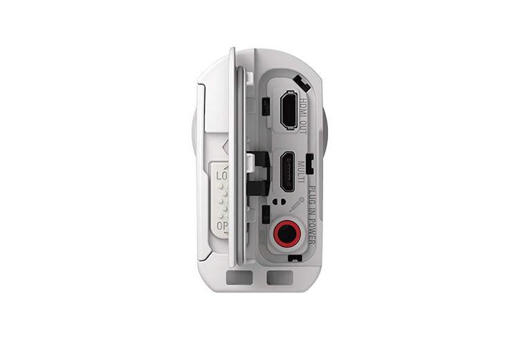 Diese Cam bringt einen Micro HDMI-Ausgang, einen Multi-/Micro-USB-Anschluss und eine Stereo-Mini-Buchse mit