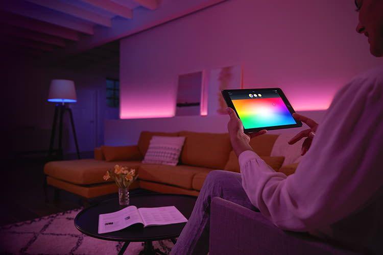 Alle Philips Lichtszenen lassen sich bequem per mobiler App ausprobieren