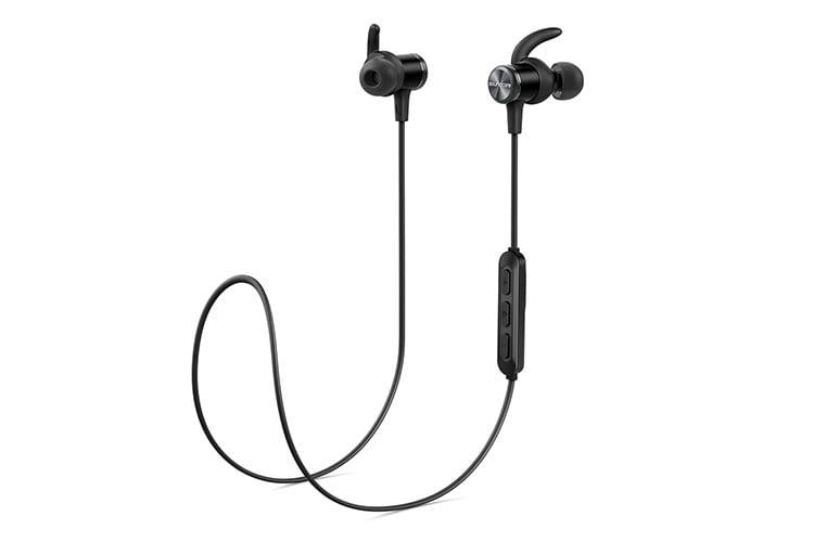 Die Fernbedienung des Anker Soundcore Spirit Sport-Kopfhörers ist im Kabel integriert