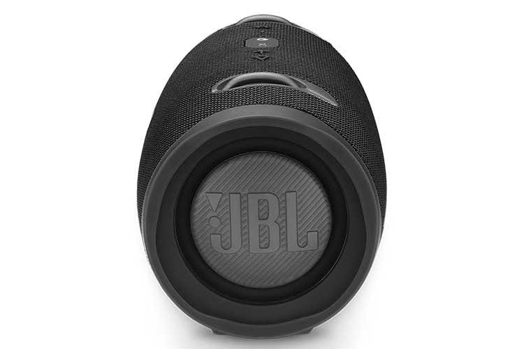 Der JBL Bluetooth-Lautsprecher Xtreme 2 kann auch als Powerbank genutzt werden