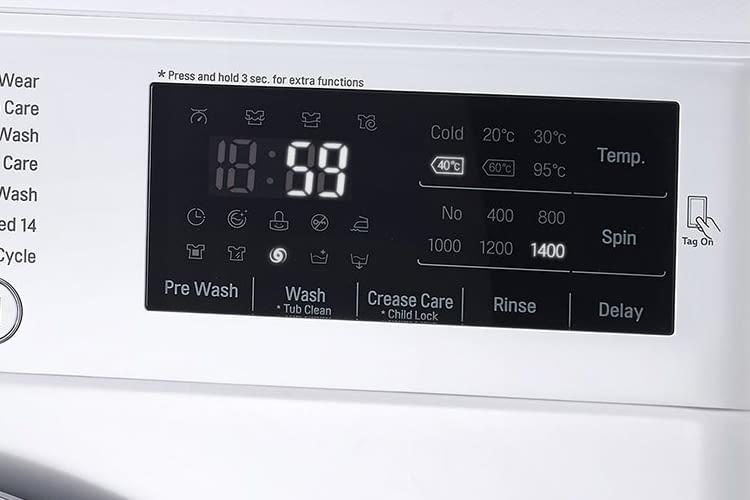 Das Display zeigt alle wichtigen Informationen zum Waschvorgang auf einen Blick