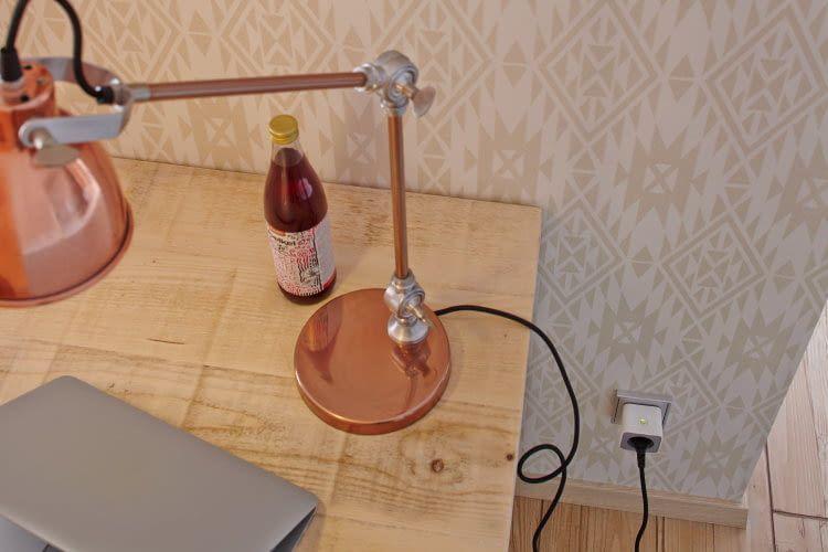 Die OSRAM Zwischenstecker machen auch herkömmliche Lampen smart
