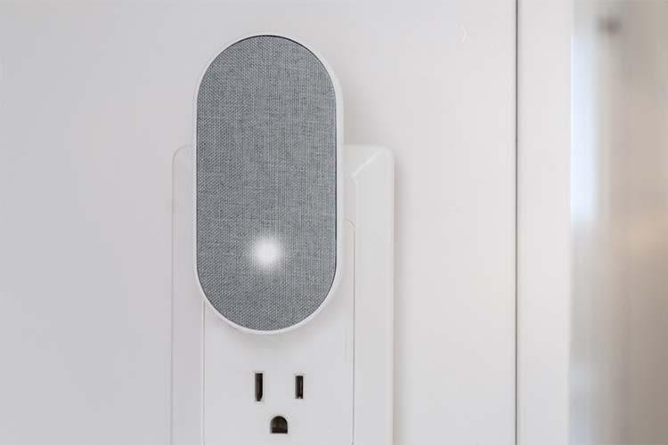 Arlo Chime ist die optionalerhältliche Türglocke, die nach dem Prinzip eines WLAN-Lautsprechers arbeitet