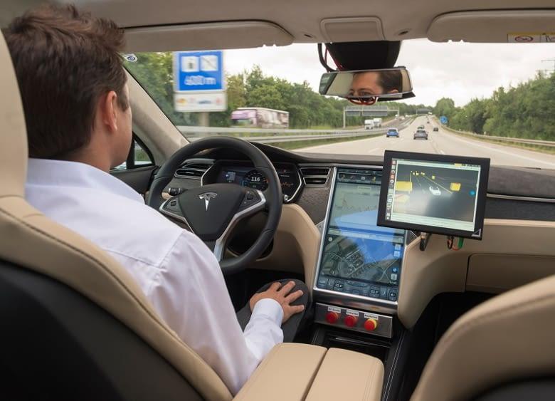 Bosch testet bereits das halbautomatisierte Fahren