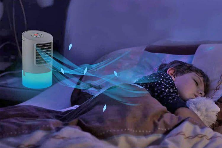 Eine Mini-Klimaanlage hilft schnell, ist aber nicht für die Kühlung eines ganzen Raumes gedacht