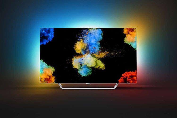 Dank Ambilight-Effekt beim Philips OLED TV 55POS9002/12 scheinen die Farben aus dem Bild herauszulaufen