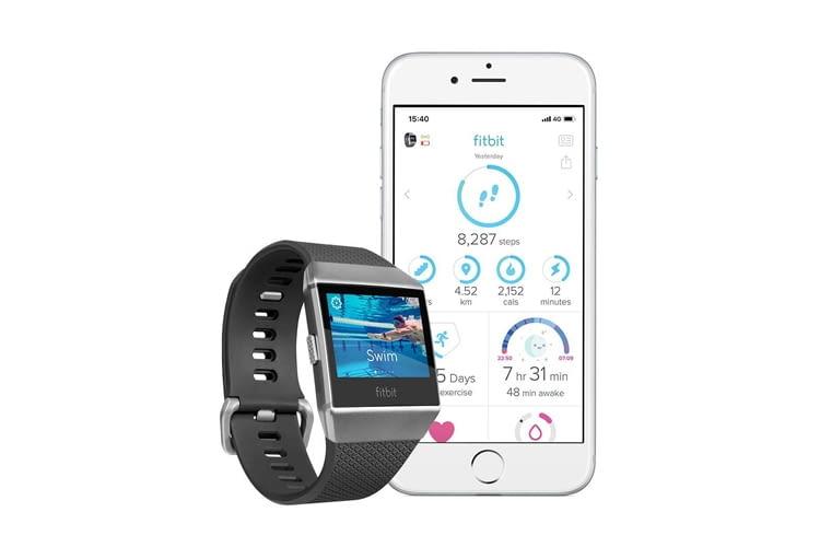 Außer der Fitbit-App können auch noch weitere Dienste mit der Smartwatch verbunden werden