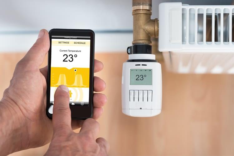 Die meisten digitalen Thermostate können per Smartphone gesteuert werden