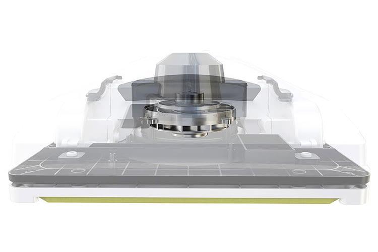 Der mittig angebrachte Ventilator sorgt dafür, dass der Fensterroboter Hobot 298 mittels Unterdruck festen Halt an der Scheibe hat