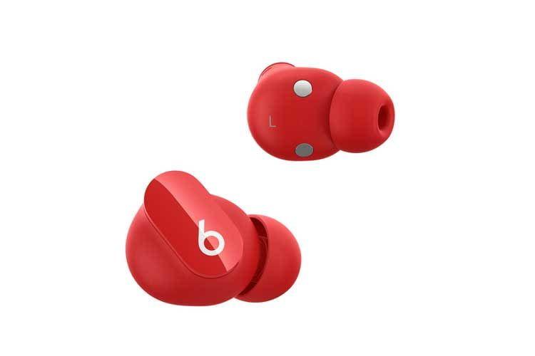 Farblich haben Nutzer die Wahl, ob sie die Beats Studio Buds in rot, weiß oder schwarz auswählen wollen