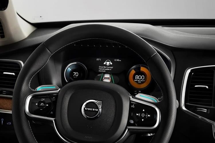 Der Volvo XC90 T8 vereint leistungsstarken Elektromotor und Vierzylinderbenzinmotor