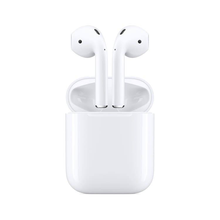 Vielleicht kann man bald mit dem Earpod Case auch iPhone und Apple Watch laden