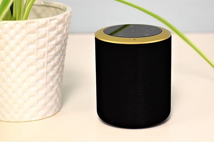 Der smarte Lautsprecher von Hogar Controls beherrscht Z-Wave Plus, Zigbee, WLAN und Bluetooth