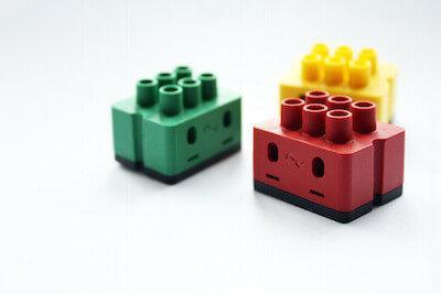 Abbildung der Digitalstrom Lüsterklemmen im Lego Stil