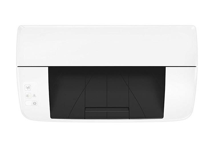 Die Grundfläche des HP LaserJet Pro M15w entspricht in etwa einem DIN A4 Papier