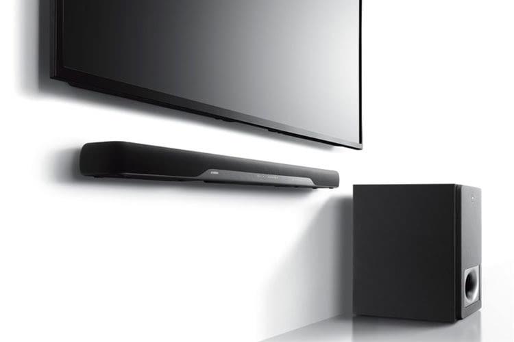 Die Soundbar Yamaha YAS 207 sieht edel aus und bietet sogar raumfüllenden 3D-Surround-Sound