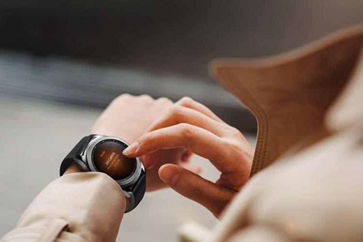 Anrufe annehmen und andere smarte Aktionen sind mit der Gear S3 classic möglich