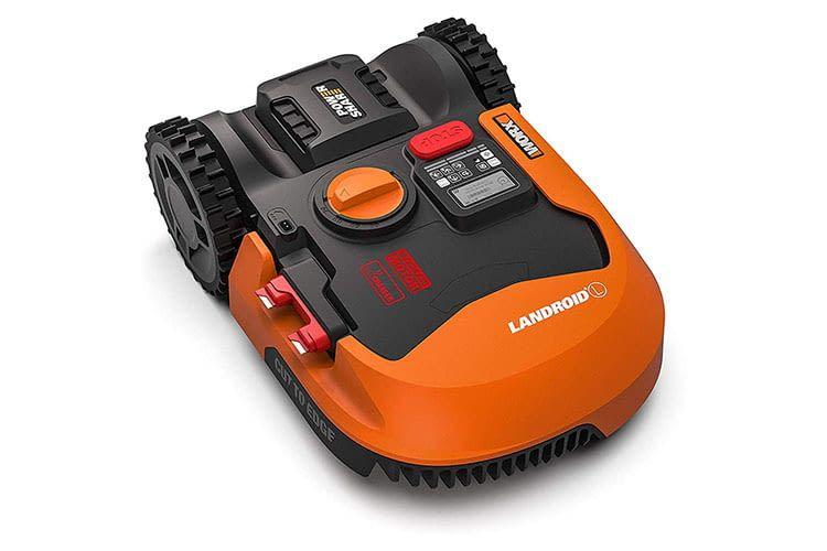 Wie alle Worx Mähroboter kann auch Landroid L1500 (WR153E) per Tastatur und 4-Zeilen-LCD-Feld am Gerät bedient werden