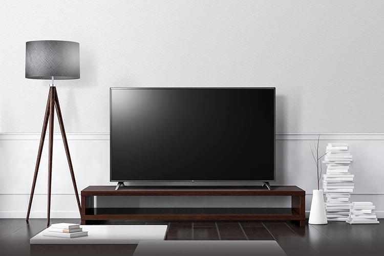 Gute Bildqualität, aber ohne Bluetooth: Der 75 Zoll Fernseher LG 75UM7050PLF