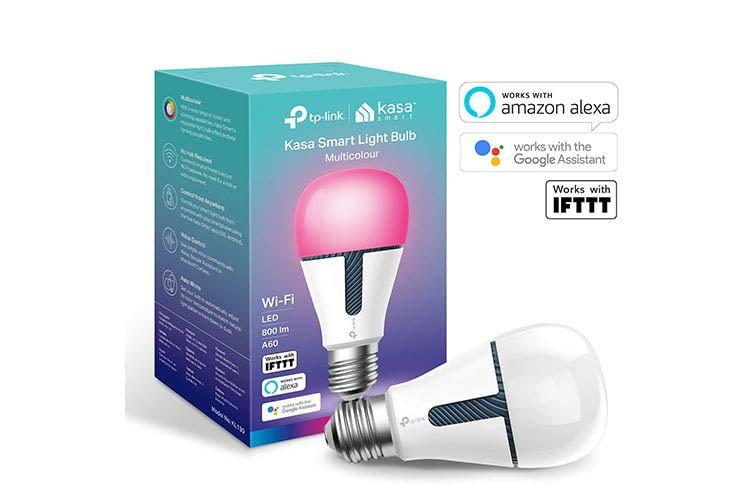 Die Leuchte ist stromsparend, dimmbar und kann mit Alexa gesteuert werden.