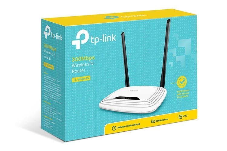 WLAN-Router TP-Link TL-WR841N kommt mit Anleitung, Netzteil und Installations-CD