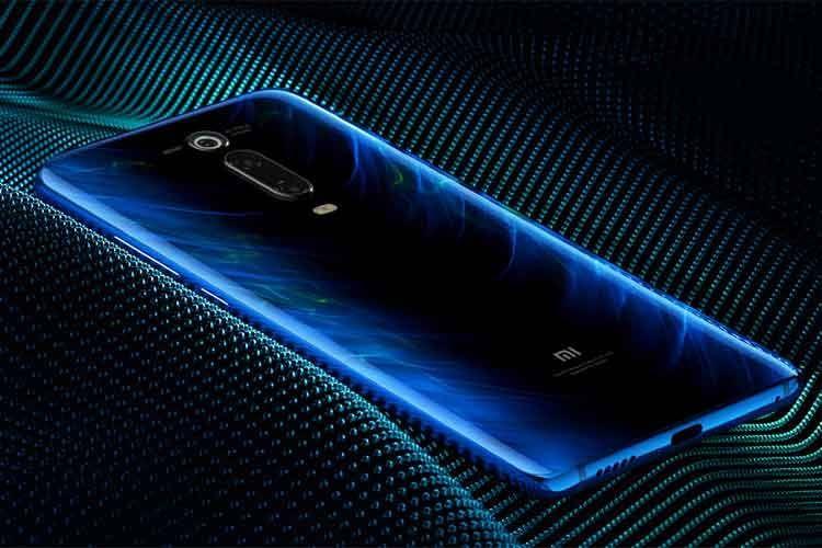 Das Xiaomi Mi 9T Pro Smartphone in der Farbe Glacier Blue