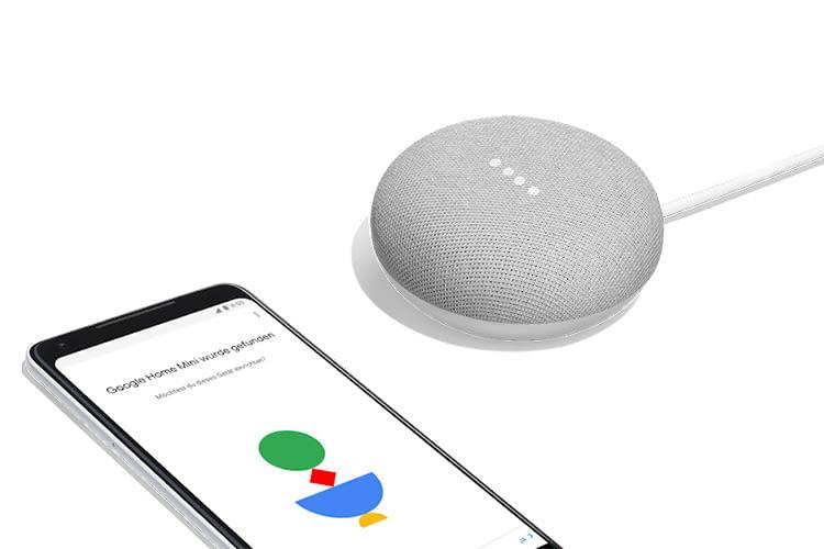 Der Google Home Mini wird ganz einfach per Home App auf dem Smartphone konfiguriert