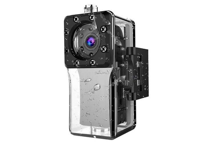 Die NIYPS FR003 Mini Kamera kommt mit einem wasserdichten Gehäuse und ist gerade einmal 5 Zentimeter hoch