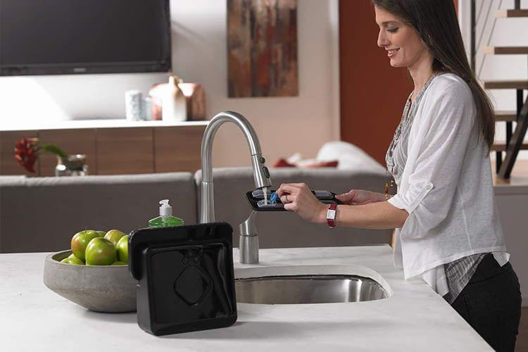 Der Wasserbehälter lässt sich bei den meisten Geräten dank Klick-System einfach entnehmen