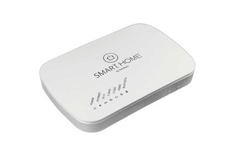 Vorbildlich: Das SMART HOME by hornbach Gateway unterstützt die Funkstandards WLAN, ZigBee und Z-WAVE