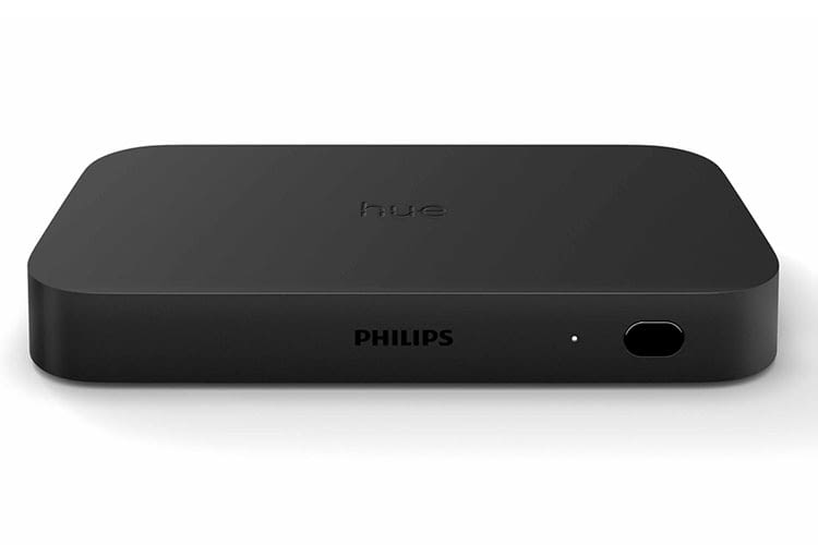 Connected HDMI devices deliver picture information to the connected Philips Hue LED strip through the Philips HDMI Sync Box