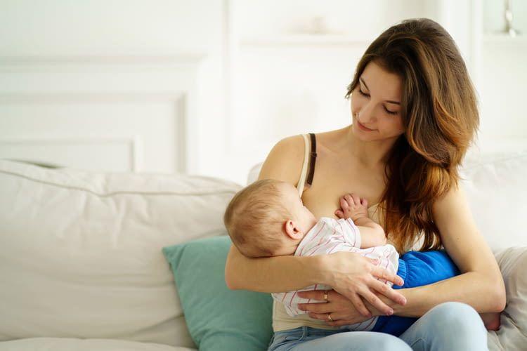 Der Alexa Skill von Lansinoh erinnert Mütter an die korrekten Stillzeiten