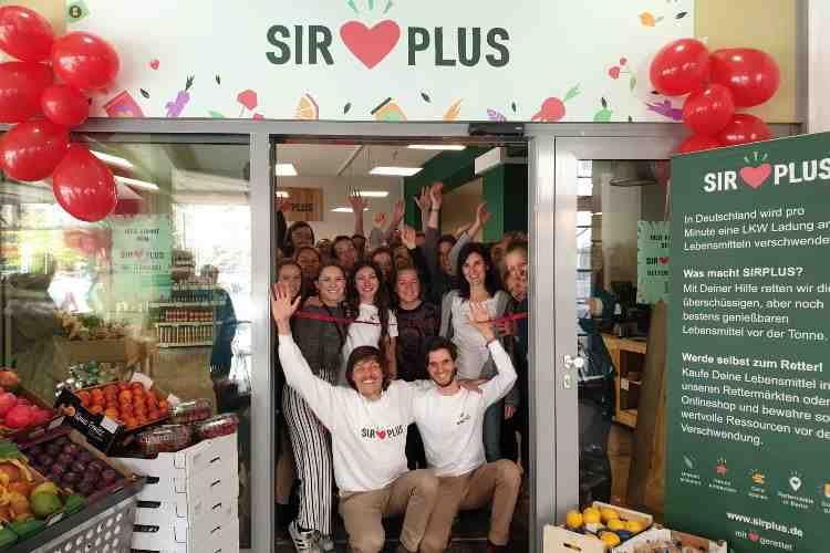 """In den sogenannten """"Rettermärkten"""" von SIRPLUS lässt sich wie in einem normalen Supermarkt einkaufen"""