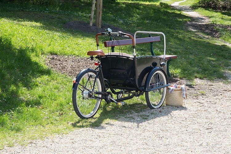 Auch, wenn man sich nur für kurze Zeit vom Cargobike entfernt, sollte man das Rad mit mehreren Schlössern sichern