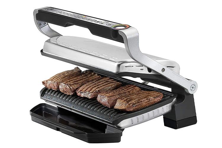 Auf den OptiGrill+ XL passt Fleisch für bis zu 8 Personen