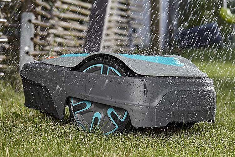 Der GARDENA smart SILENO city Set ist wasserfest nach Schutzklasse IPX5j und kann mit dem Gartenschlauch gereinigt werden